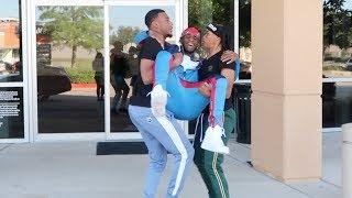 I BROKE MY ANKLE PRANK ON AR'MON AND JAZZ AND TAE!!!!
