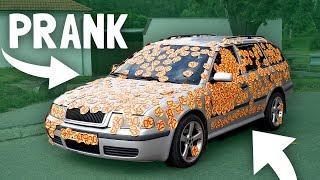 NALEPILI JSME NA AUTO 1000 NÁLEPEK! - PRANK ????