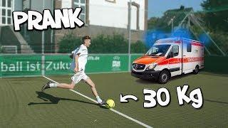 FUßBALL PRANK GEHT SCHIEF!