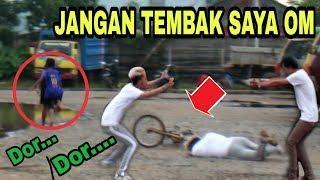PURA-PURA TERTEMBAK, LARI KOCAR KACIR GOKIL BANGET???? - Prank Indonesia