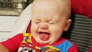You Laugh You Lose - 10 Minutes Funny with Baby