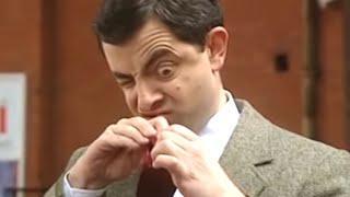 Bean Peeking   Funny Clips   Mr Bean Official