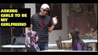 ASKING GIRLS TO BE MY GIRLFREIND PRANKS |PRANKS IN PAKISTSAN | Super Boy Pranks