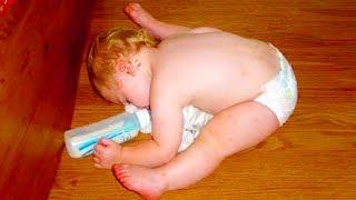Funny Baby Doing Confusing Things - Best Baby Videos