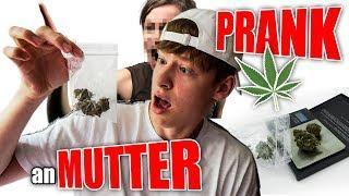 PUUKI raucht GRAS PRANK an seine MUTTER!