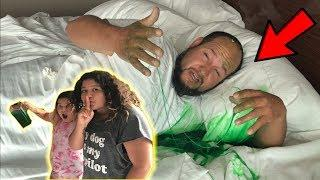SLIME PRANK ON OUR DAD IN OUR HOTEL ROOM!!